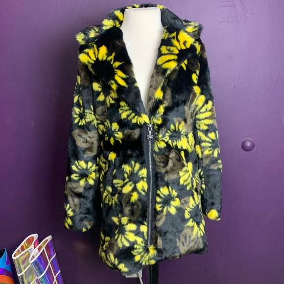 87e1a7b9 dELIA*s Dolls Kill Slice of Sunshine Coat Boutique